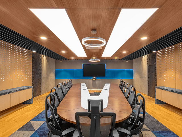 redpixl-photography-corporate-office-board-room