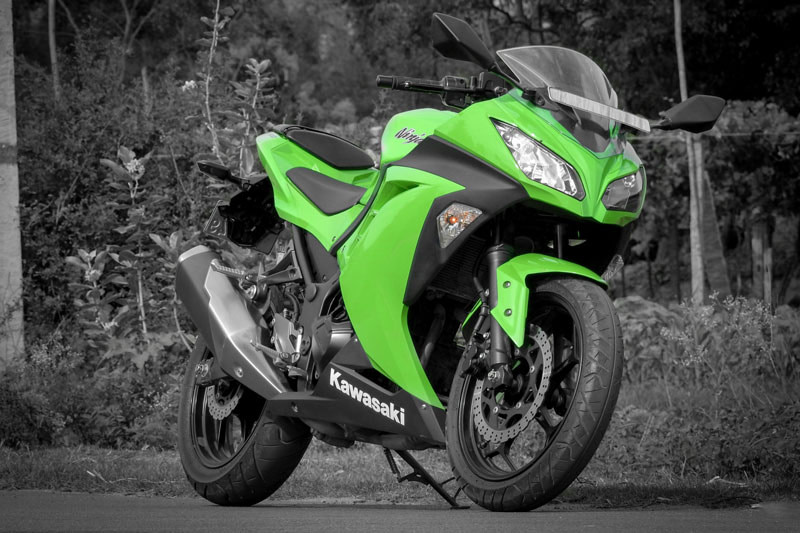 redpixl-photography-automobile-kawasaki-ninja-300-feature-image
